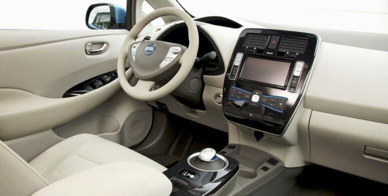 фото-2 Nissan Leaf